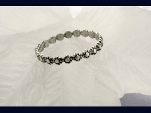 Sterling Silver Dainty Flower Ring - any size